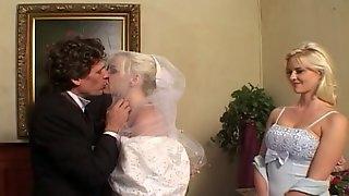 Lewd bride Missy Monroe gets double-teamed in hardcore MMF scene