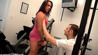 Muscle chick gives her man a handjob