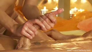Erotic Massage Between Revolutionary Lovers Was The Best Feeling