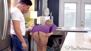 Hot muscular plumber doesn't mind bonking sexy housewife Addie Andrews