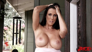 Urbane fucking with busty wife Reagan Foxx ends with cum on boobs