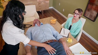 Horny brunette in glasses Tia Cyrus gets into pants of handsome baldie Johnny Castle