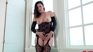 The man housewife Sovereign Syre in undergarments gets fucked by the brush man