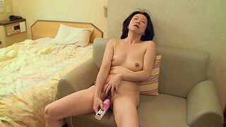 Lickerish Japanese married shilly-shally a extinguish b explode with hairy puss - Junko Sakashita